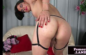 Alluring schoolgirl trap tugging her fat cock