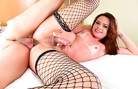 Busty latina shemale Lara Machado gets licked and barebacked