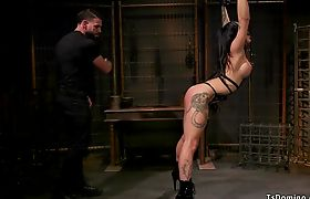 Shemale slave anal fucked in suspension