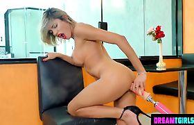 Big Booty Dani Peterson Brazil Tgirl Dildo Action