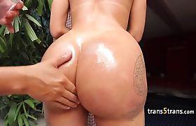 Big ass tranny spunked after hard fuck
