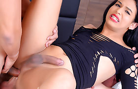 Sultry Transsexual Priscila Reis Pleasures 2 Big Dicked Guys