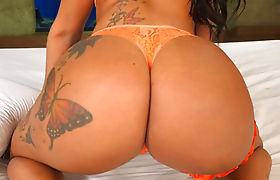 Gangbang of a big round ass latina tranny who loves it