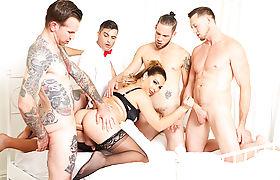 TS temptress Chanel Santini orally service big cocks with messy bj