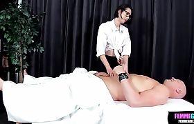 Crossdresser Hottie Zia Crystal Happy Ending Massage