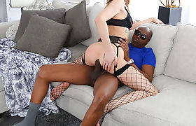 TS Casey Kisses shows her can rides a montrous BBC