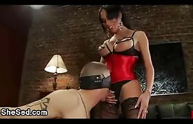 Tranny hottie fucks blindfolded guy