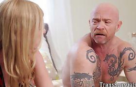 Tgirl babe fucks ftm transsexual