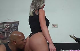 Big boobs shemale MILF Carla Novaes gets BBC drilling