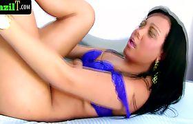 Ts lingerie babe from brazil wanking